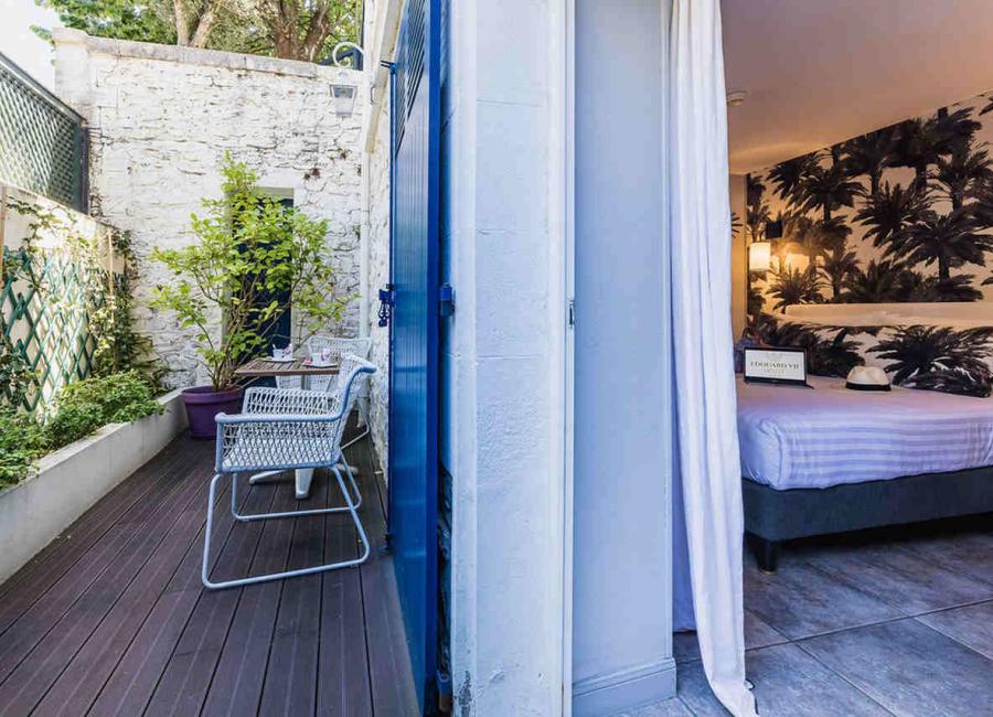 La terrasse de la chambre rez de jardin, Hôtel Edouard VII
