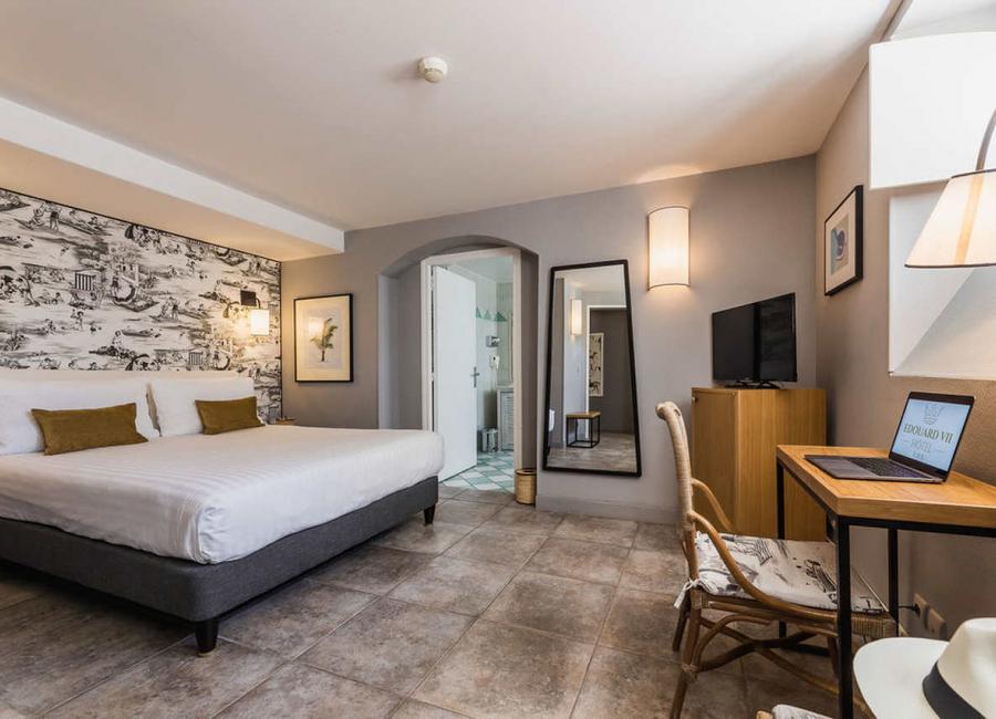Le bureau, chambre familiale 4 personnes, hôtel à Biarritz