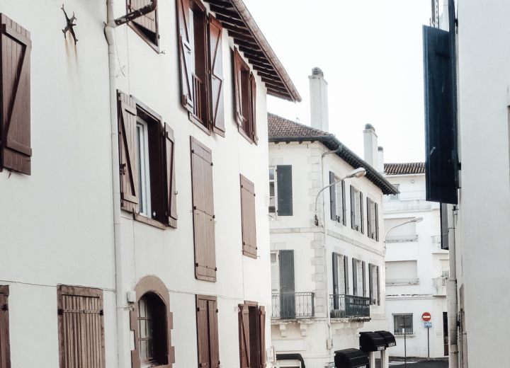Stay in the Basque Country: discover its culture.